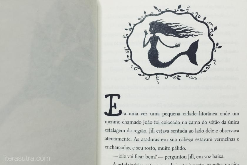 Pequenas ilustrações no início de cada capítulo <3